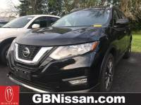 Used 2018 Nissan Rogue SL SUV in Greenfield