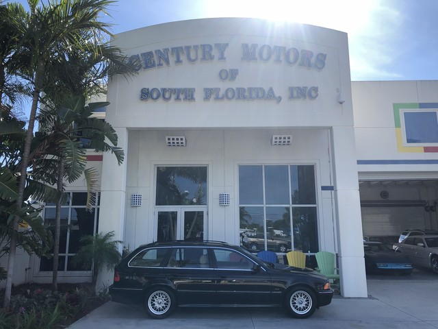 Photo 2000 BMW 5 Series 528iAT 1 Owner CarFax Sunroof Leather No Accidents