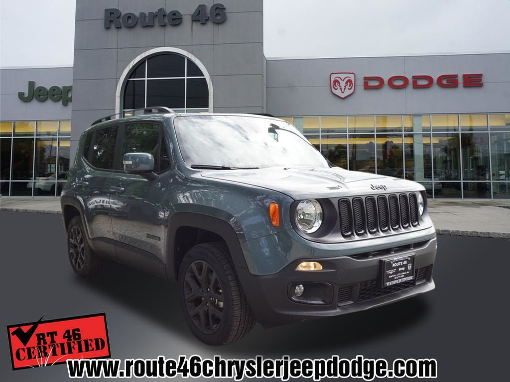 Photo Certified Used 2018 Jeep Renegade Latitude 4x4 SUV For Sale in Little Falls NJ