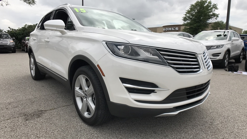 Photo Certified Pre-Owned 2015 Lincoln MKC Premere AWD