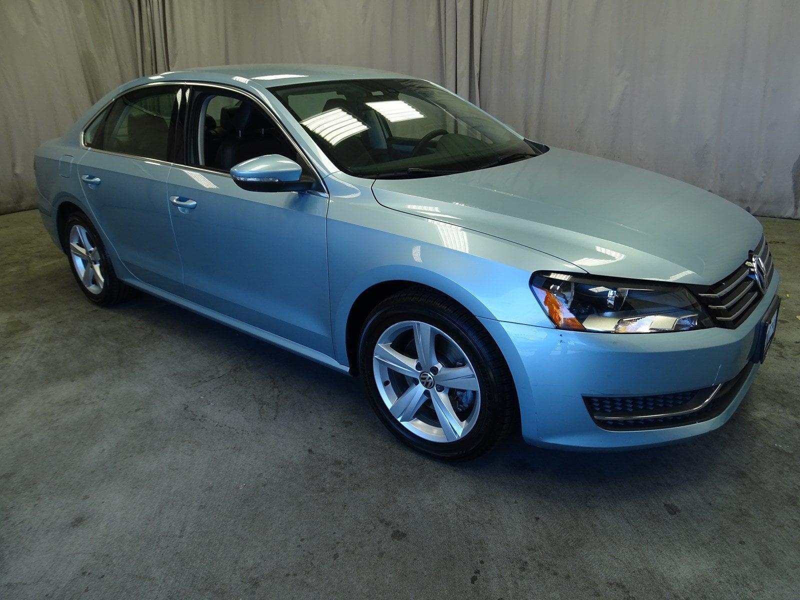 Photo Used 2012 Volkswagen Passat 2.5L SE wPZEV For Sale in Sunnyvale, CA