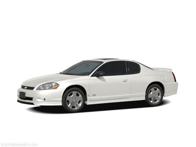 Photo Pre-Owned 2007 Chevrolet Monte Carlo LT Coupe in Brandon MS