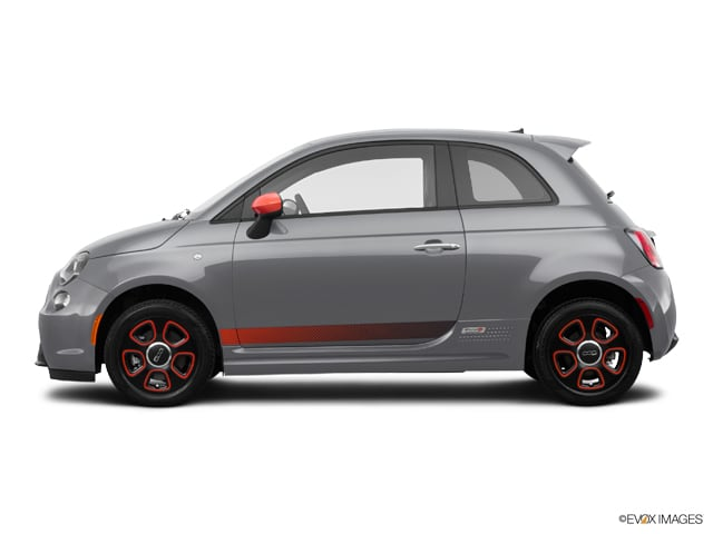 Photo Used 2015 FIAT 500e Battery Electric Hatchback for sale in Carrollton, TX