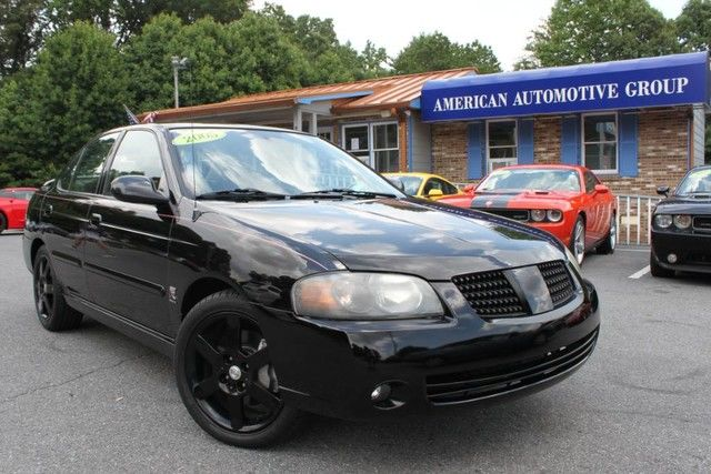 Photo 2005 Nissan Sentra SE-R Spec V