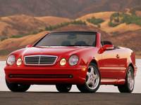 Pre-Owned 2000 Mercedes-Benz CLK 430