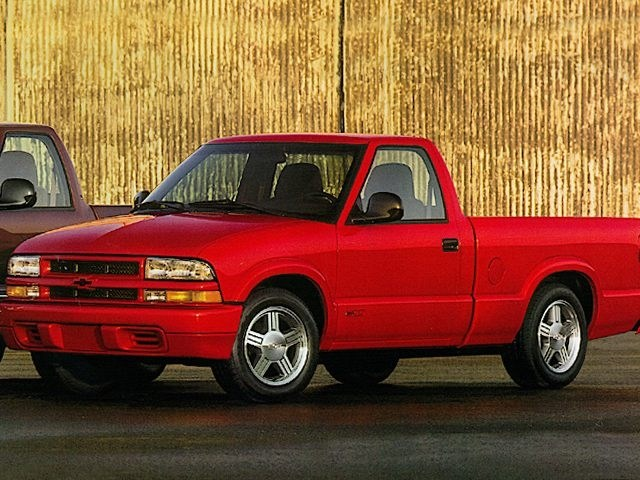 Photo Used 1998 Chevrolet S-10 Truck Regular Cab For Sale Toledo, OH