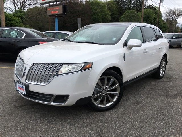 Photo 2011 Lincoln MKT wEcoBoost
