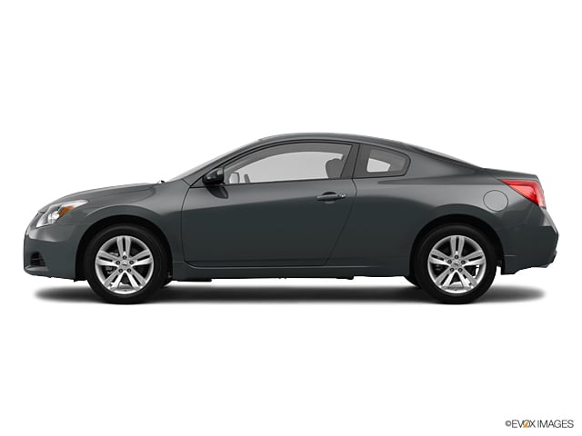 Photo Pre-Owned 2012 Nissan Altima 2.5 S Coupe Front-wheel Drive in Middletown, RI Near Newport