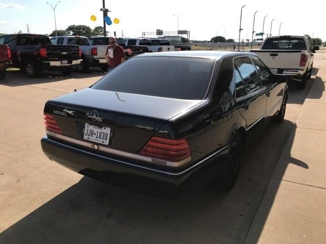 Photo Used 1993 Mercedes-Benz 500 5.0 Sedan