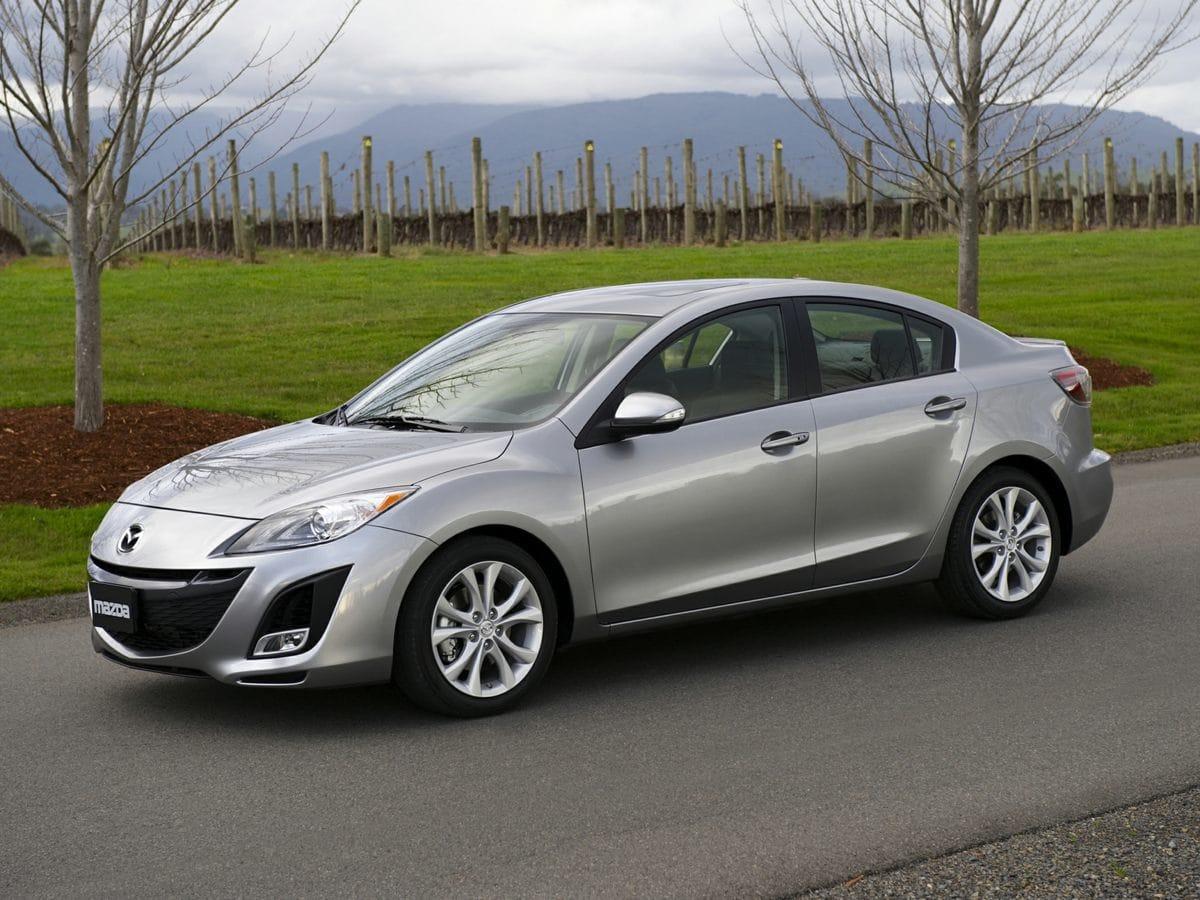 Photo Pre-Owned 2010 Mazda Mazda3 i Sedan For Sale  Raleigh NC