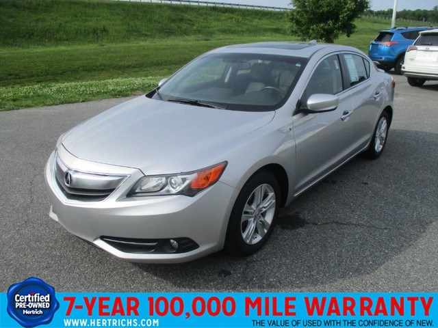 Photo 2013 Acura ILX 1.5L wTechnology Package Sedan Front-wheel Drive