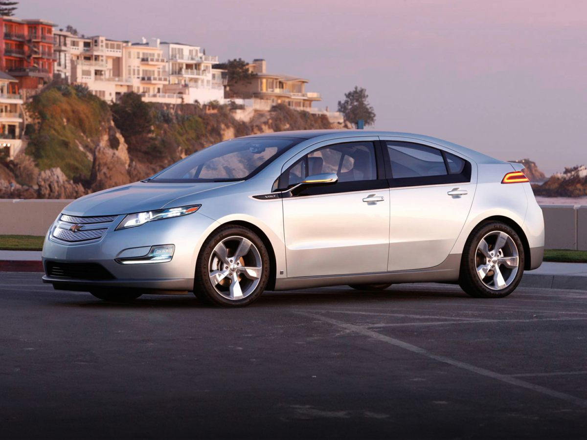 Photo Used 2013 Chevrolet Volt Base for Sale in Tacoma, near Auburn WA