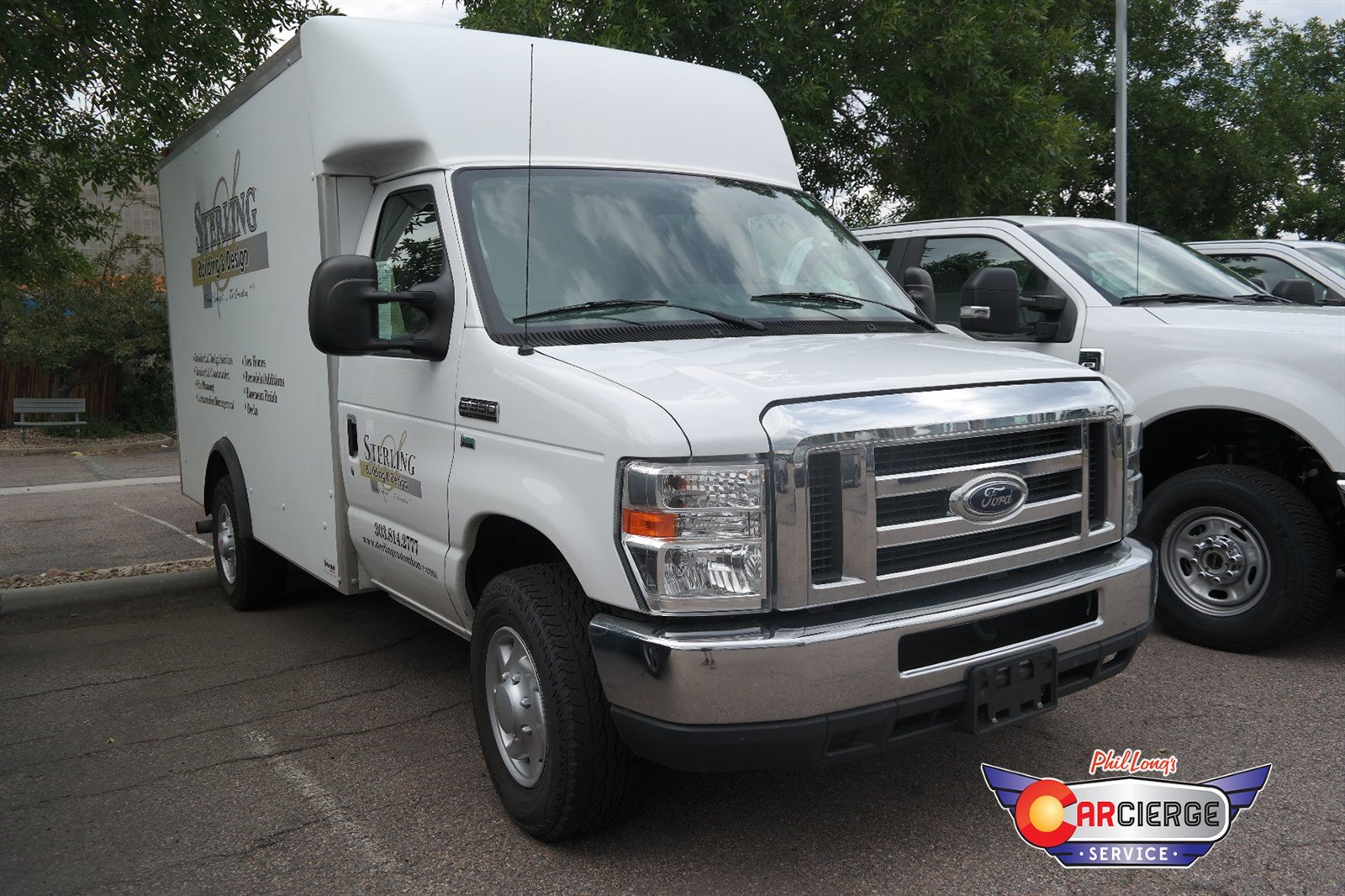 Photo Pre-Owned 2012 Ford Econoline Commercial Cutaway Rear Wheel Drive Specialty Vehicle