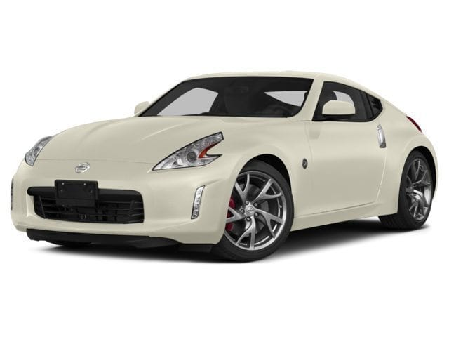 Photo Used 2015 Nissan 370Z Sport Coupe in Merced, CA