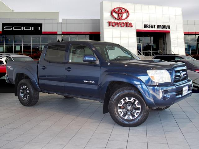 Photo Pre-Owned 2005 Toyota Tacoma TRD Sport 4WD Double Cab