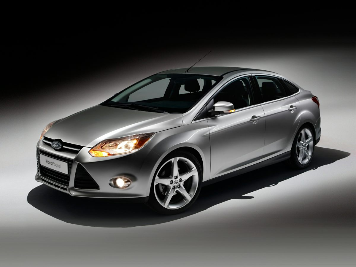 Photo Used 2014 Ford Focus SE Sedan FWD For Sale in Houston