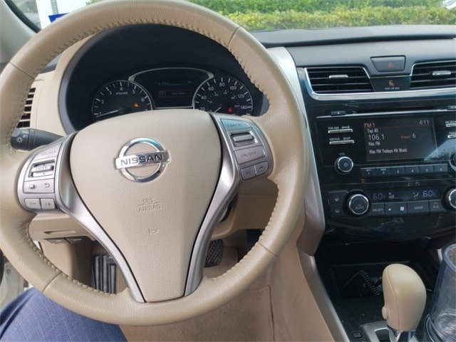 Photo Pre-Owned 2014 Nissan Altima 2.5 Sedan For Sale in Frisco TX