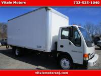 2005 Isuzu NRR 18 FOOT BOX TRUCK *** ENGINE REPLACED ONLY 10 MIL