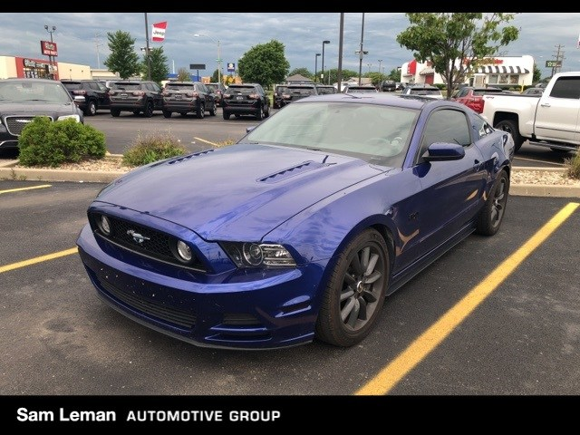 Photo Used 2013 Ford Mustang GT Coupe in Bloomington, IL