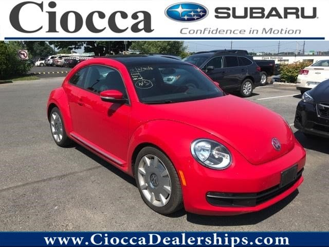 Photo Used 2012 Volkswagen Beetle 2.5L with SunSoundNav PZEV For Sale Allentown, PA