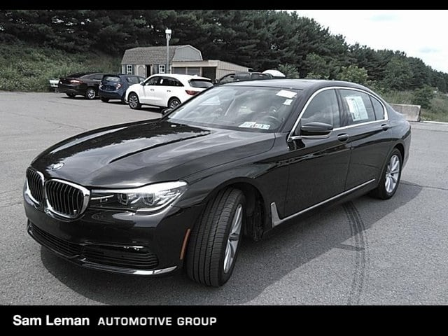 Photo Certified Pre-Owned 2017 BMW 7 Series 740i in Peoria, IL