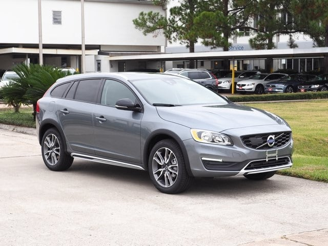 Photo 2017 Volvo V60 Cross Country T5 AWD Wagon for sale in Houston, TX