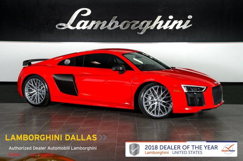 Photo Used 2017 Audi R8 For Sale Richardson,TX  Stock 18L0097A VIN WUAKBAFX5H7904297