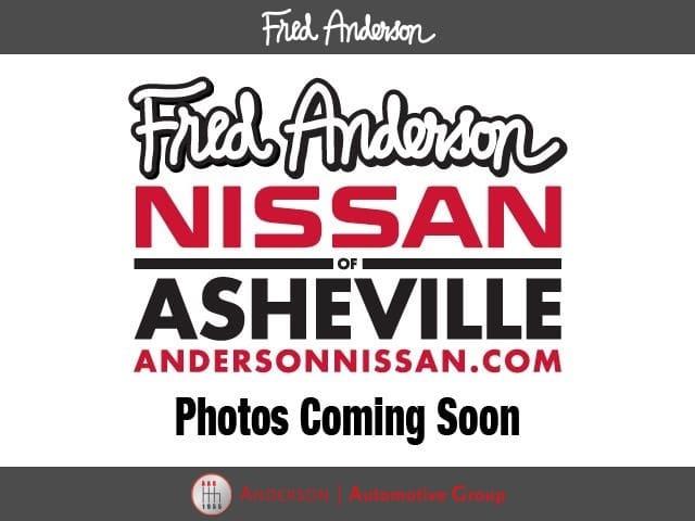 Photo Used 2017 Volkswagen Passat 1.8T SE Sedan For Sale in Asheville, NC