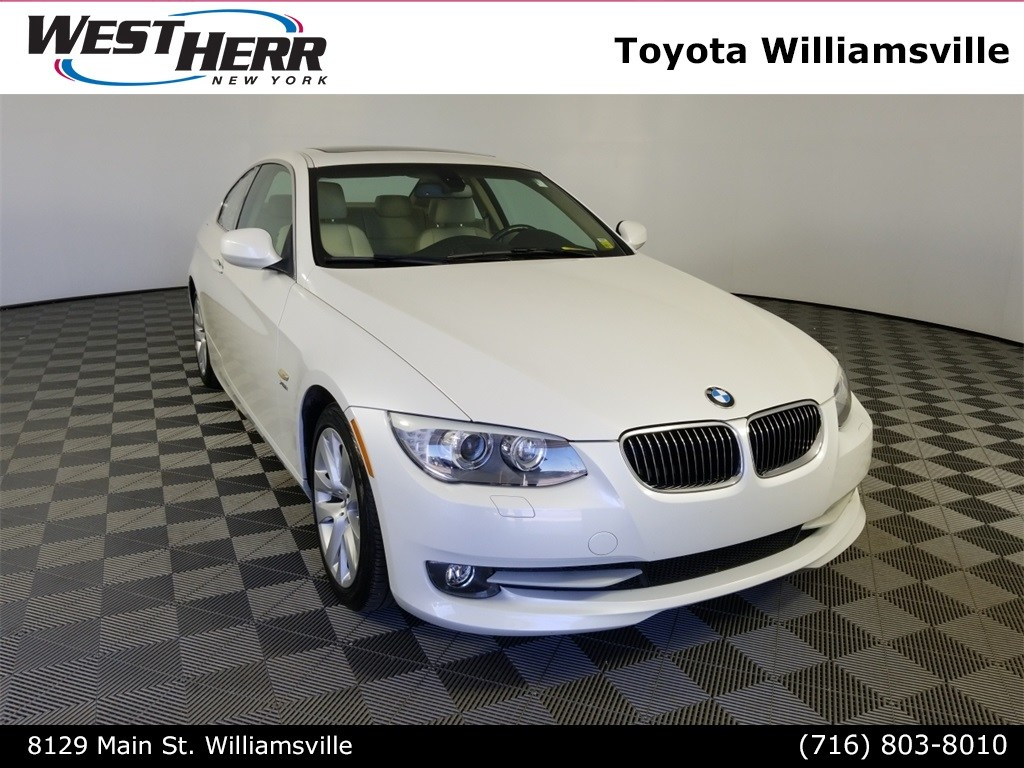 Photo 2011 BMW 328i xDrive 328i Xdrive Coupe For Sale - Serving Amherst