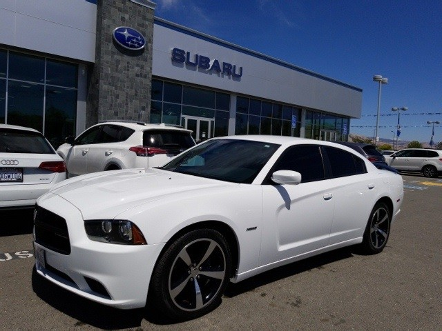 Photo Used 2014 Dodge Charger RT for sale in Fremont, CA