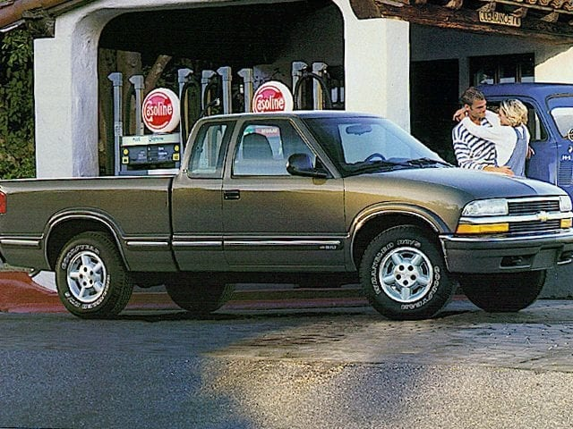 Photo Used 1998 Chevrolet S-10 LS Truck Extended Cab For Sale Murfreesboro, TN