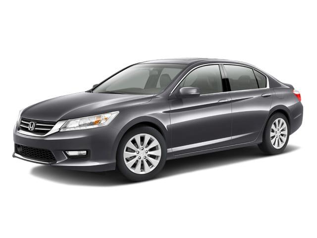 Photo Used 2013 Honda Accord For Sale  Pulaski VA