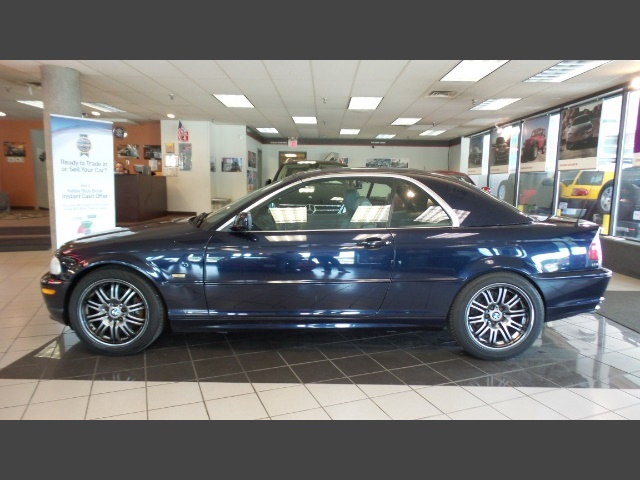 Photo 2002 BMW 330Ci 5SPEED-HARDTOP for sale in Hamilton OH