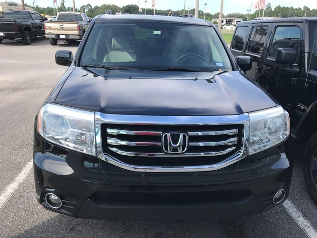 Photo 2013 Honda Pilot Touring SUV 4x4 in Pensacola