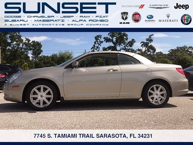 Photo Used 2009 Chrysler Sebring Touring Convertible for sale in Sarasota FL