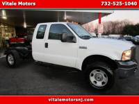 2005 Ford F-350 SD 4X4 CAB & CHASSIS ** READY FOR A BODY INSTALL **
