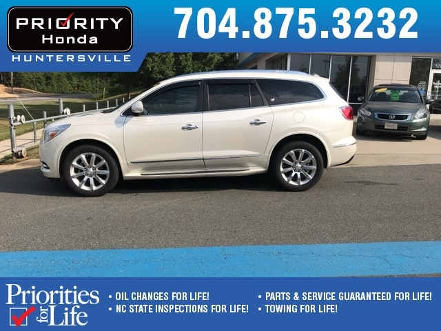 Photo Used 2013 Buick Enclave For Sale in Huntersville NC  Serving Charlotte, Concord NC  Cornelius. VIN 5GAKRDKD8DJ174230