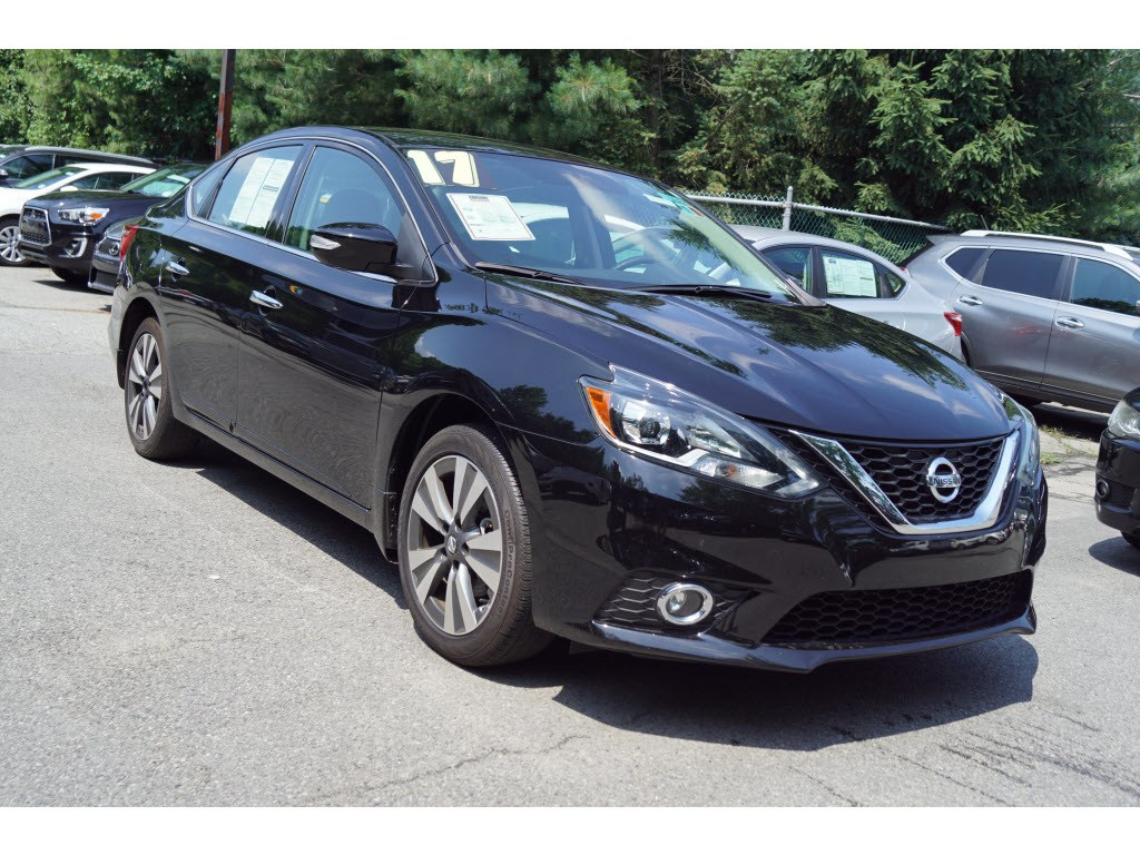 Photo Used 2017 Nissan Sentra SL Sedan for sale in Totowa NJ