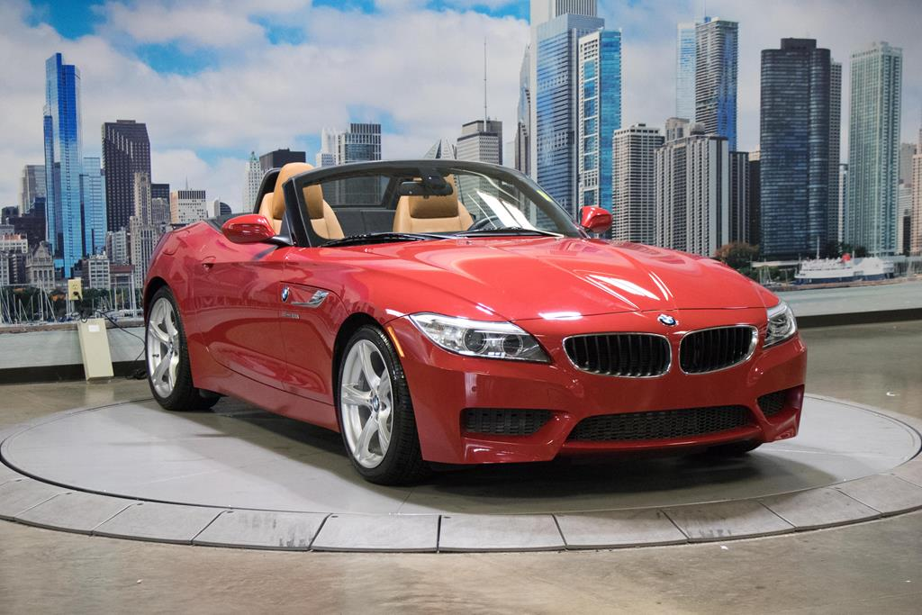 Photo Used 2015 BMW Z4 For Sale  Lake Bluff IL