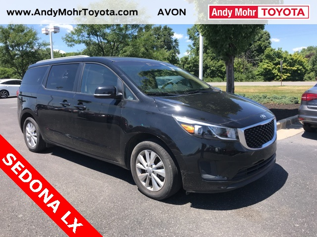 Photo Pre-Owned 2015 Kia Sedona LX FWD 4D Passenger Van