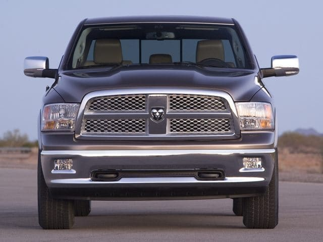 Photo Used 2011 Ram 1500 Truck Quad Cab V-8 cyl For Sale in Surprise Arizona