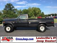 PRE-OWNED 1983 JEEP J-10 BASE 4WD