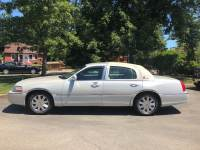 2004 Lincoln Town Car Ultimate 4-Speed Automatic