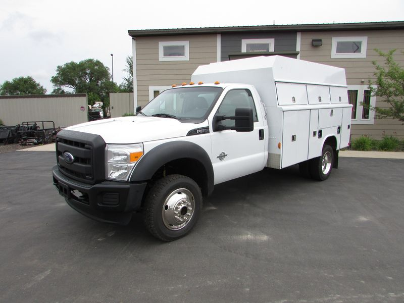 Photo Used 2013 Ford F-450 4x4 Service Utility Truck