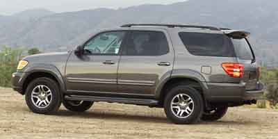 Photo Pre-Owned 2004 Toyota Sequoia 4dr SR5 4WD Four Wheel Drive SUV