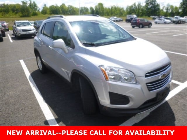 Photo Used 2015 Chevrolet Trax LT SUV AWD for Sale in Stow, OH