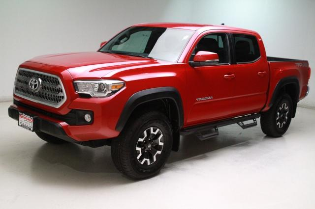 Photo Used 2017 Toyota Tacoma TRD Off Road V6 in Brunswick, OH, near Cleveland