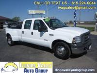 2005 Ford F-350 SD Lariat Crew Cab Long Bed 2WD DRW