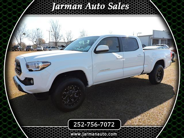 Photo 2017 Toyota Tacoma SR5 Double Cab Super Long Bed V6 6AT 2WD
