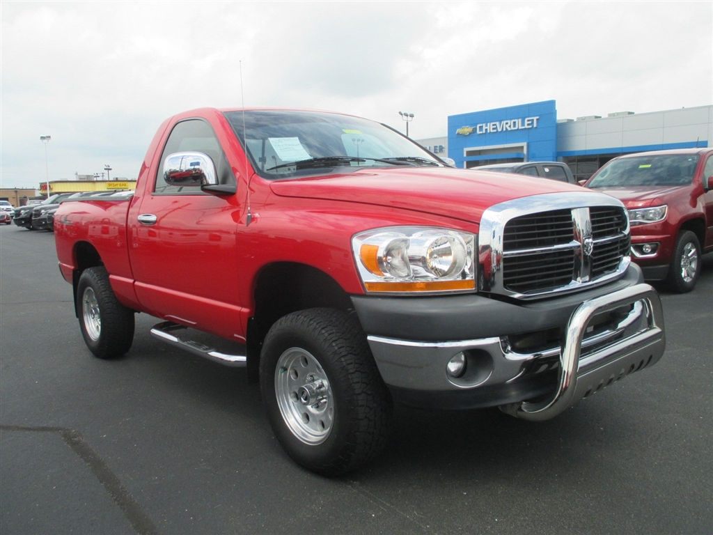 Photo 2006 Dodge Ram 1500 TRX4 Off Road Long Bed 4WD